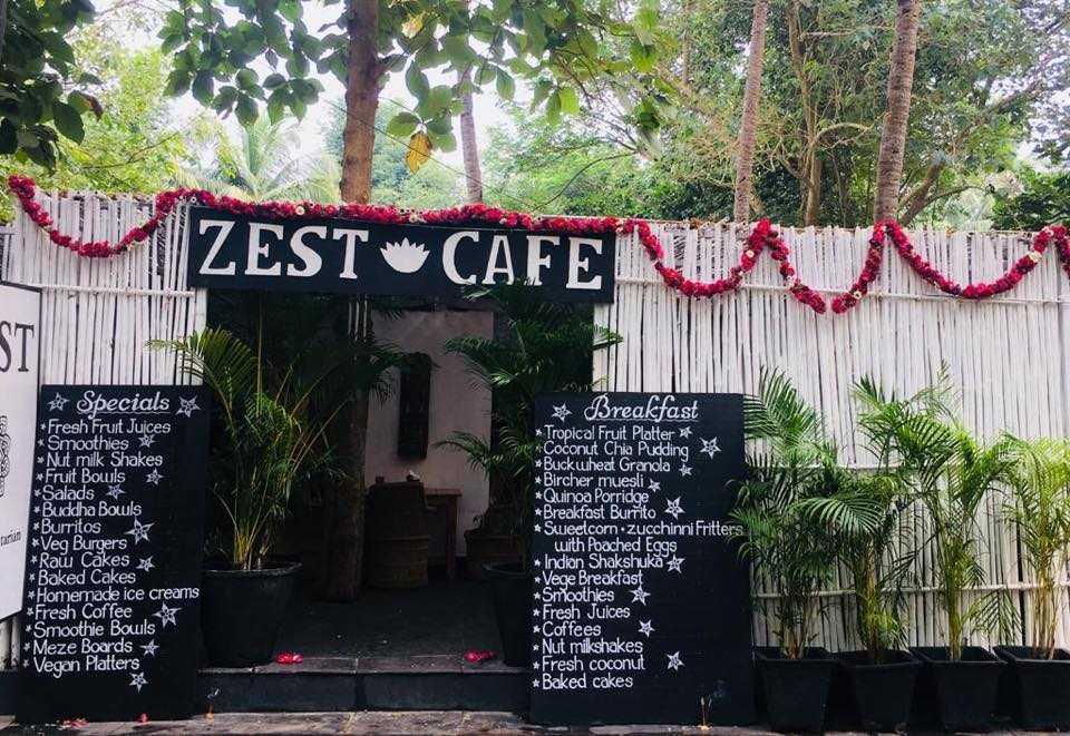 zest health food cafe goa
