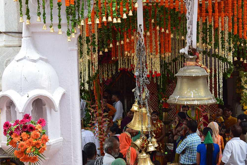 brajeshwari temple mcleodganj