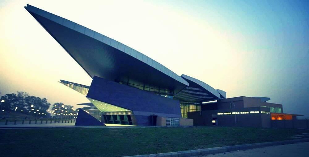 north india airport chaudhary charan singh international airport
